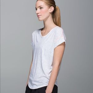 lululemon weekend short sleeve